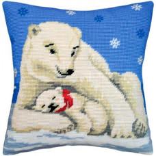 V06 Білі ведмеді. Подушка. Чарівниця. Набір для вишивання нитками на канві з нанесеним малюнком