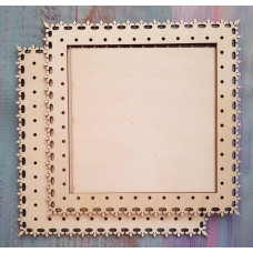 2041 Рамка для оформлення вишивки декоративна, квадратна, внутрішній розмір рамки: 15*15см. Alisena