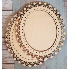 2052 Рамка для оформлення вишивки декоративна, овальна, внутрішній розмір рамки: 15*12см. Alisena