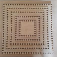 385/1 Денце для плетених кошиків квадратне діаметр отвору 8 мм 1 шт/уп. Розмір 25*25 см. Декор з фанери