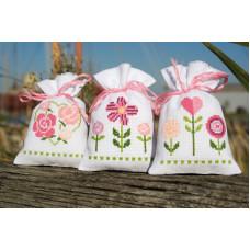 PN-0157033 Забавні квіти. Мішечки для саші. Набір для вишивки нитками. Vervaco