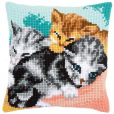PN-0165781 Cute kittens Милі кошенята. Подушка. Vervaco. Набір для вишивання нерахунковим хрестом
